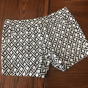 Banana Republic Black & White Print Shorts